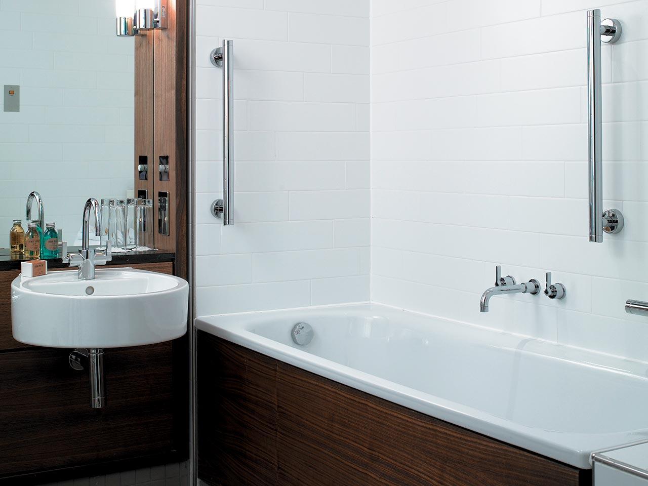 Bath Screens | Baths | Bluebook | IdealSpec